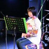 BMSオータムライブ2016-ギター演奏する女性