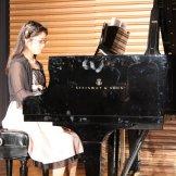 BMSオータムコンサート2015 クラッシック部門-ピアノを弾く女性