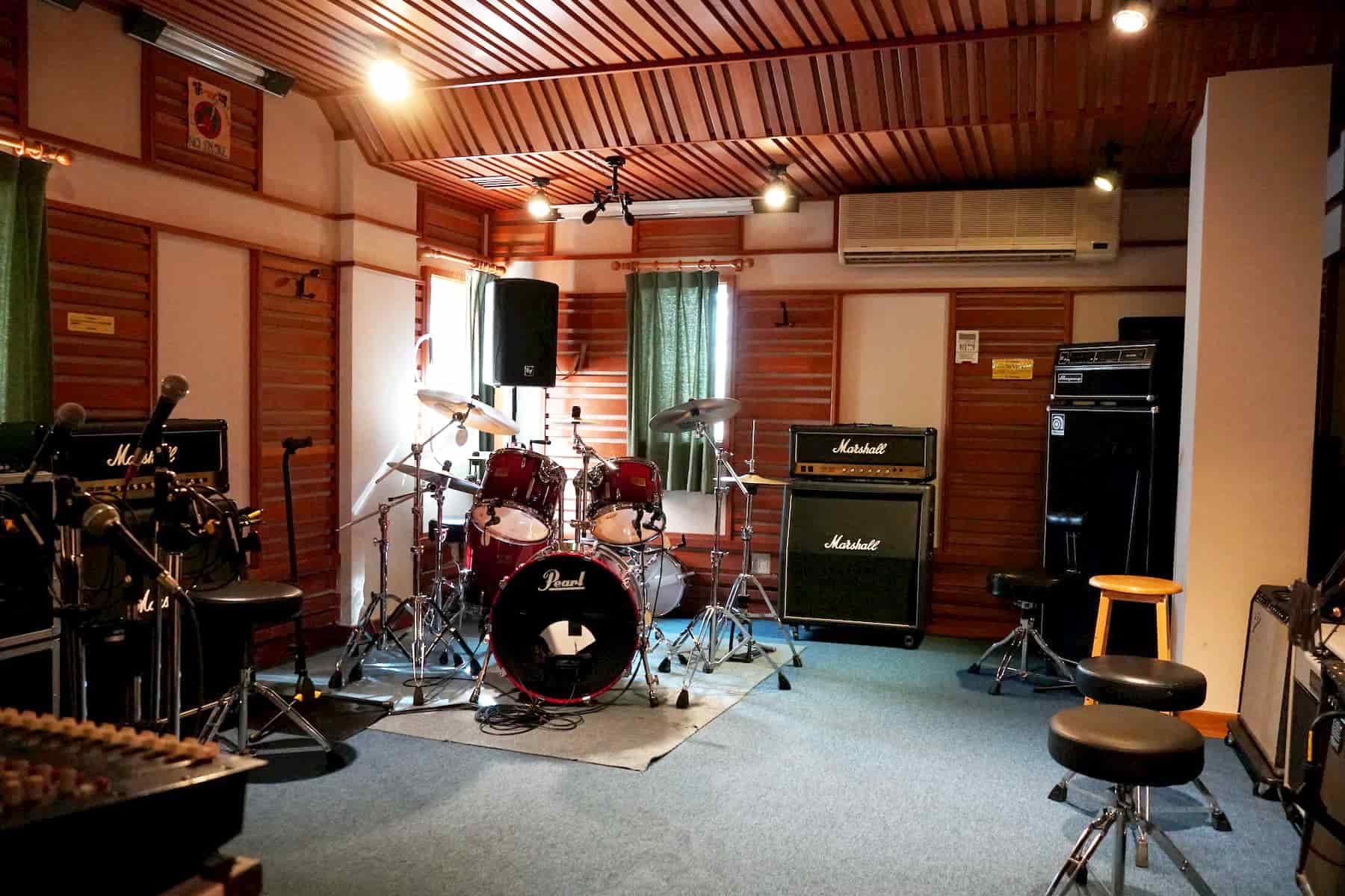 スタジオユー