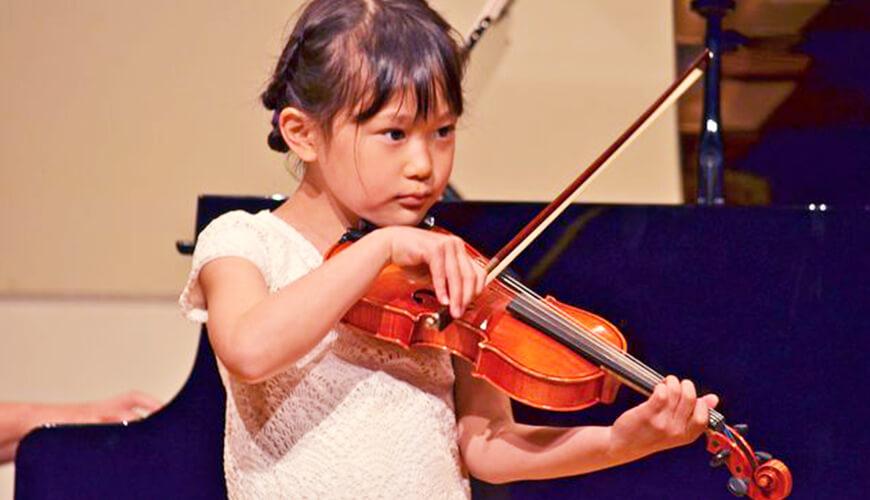 バイオリンレッスンの画像