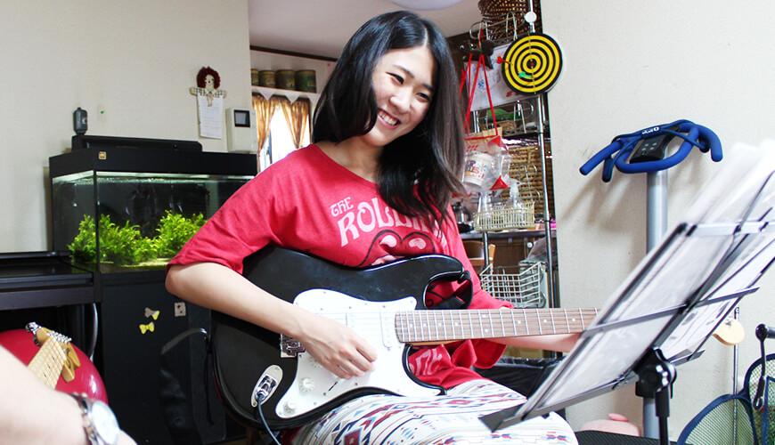 エレキギターレッスンの画像